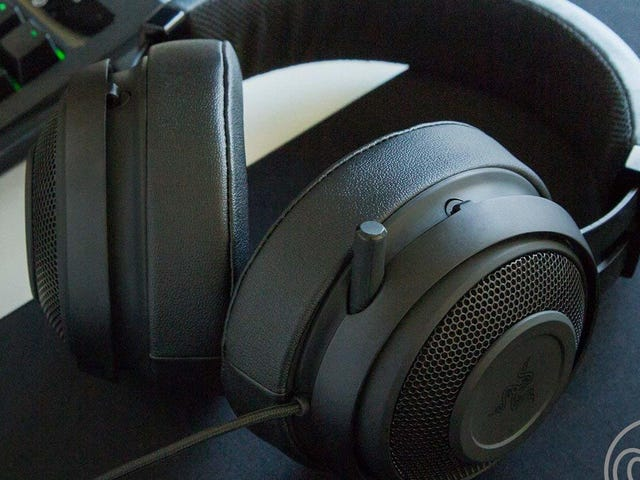 Trash Talk 14 Year Olds With This Discounted Razer Kraken Pro