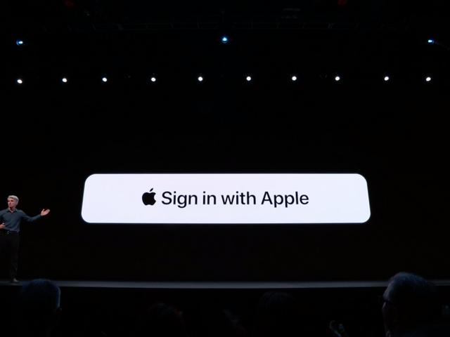 'Đăng nhập bằng Apple' hứa hẹn một giải pháp cho các hoạt động theo dõi nhếch nhác của Google và Facebook