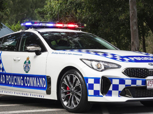 Australian Cops Are Replacing Their Commodores And Falcons With The Kia Stinger GT