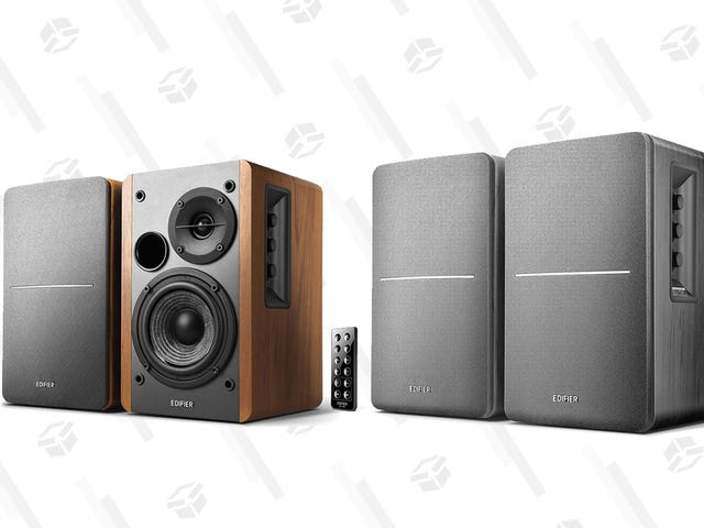 Amazon's Marked Down a Couple of Edifier Bookshelf Speakers, Today Only