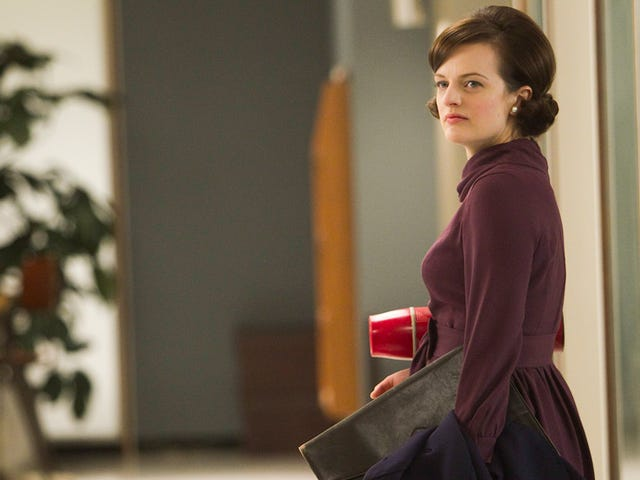 Elisabeth Moss Is Starring in Hulu's Adaptation of The Handmaid's Tale