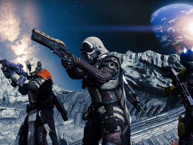 <i>Destiny</i> 선수는 그를 위해 갈기 위해 로봇을 만듭니다