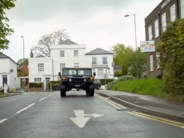 Yes, You Technically Can Drive a Hummer H1 In The U.K.