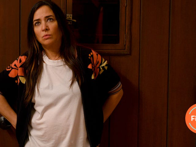 Pamela Adlon creates her own healing ritual with the Better Things season finale