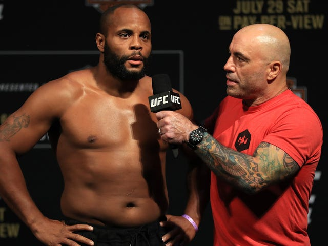 Daniel Cormier Is The UFC Light Heavyweight Champ Again, Whatever That Means Now