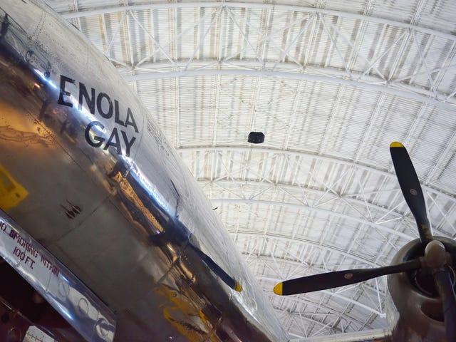 Air & Space Museum: Enola Gay