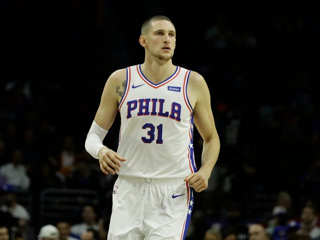 "Sixers Apologize For Mike Muscala's Dad's Tweets About ""African American Mental Illness"""