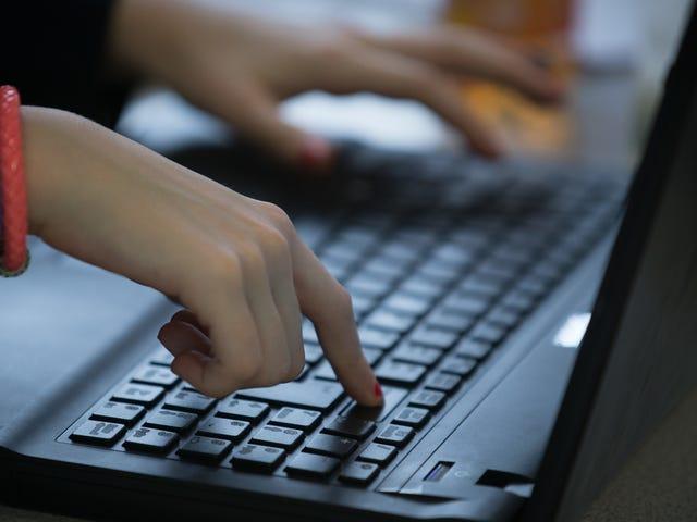 Teen forteller DEF CON hvordan han hacket millioner av studentrekorder fra populær utdanningsprogramvare [Oppdater]