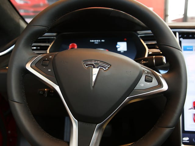 Tesla Driver Claims He Got A Ticket Dismissed After Using Autopilot Defense, But There's More To It