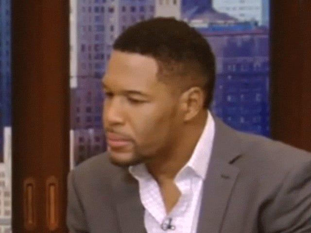 Kelly Ripa trajo el divorcio de Michael Strahan en la televisión en vivo y ahora estoy tan incómodo como él.
