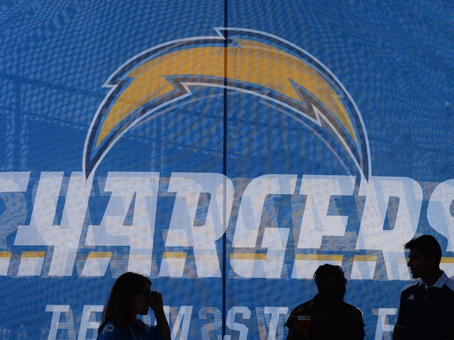 Chargers Ditch Equipment Manager At End Of Training Camp After 38 Years With Team