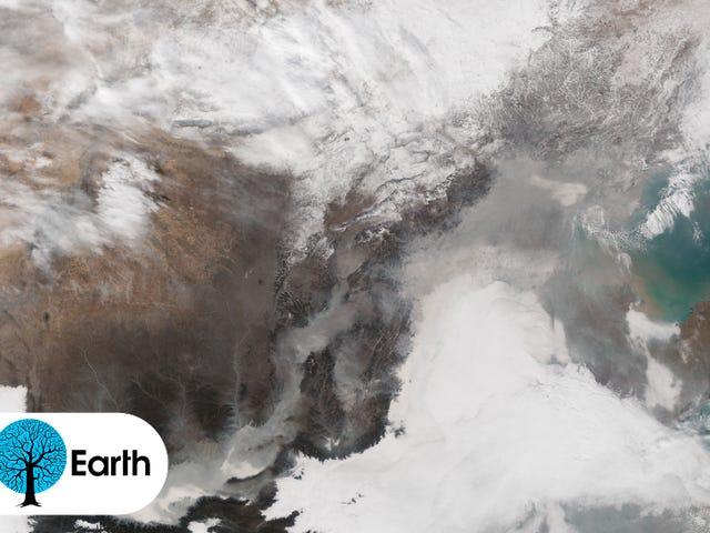 Her er hvad der kvæler tæppe af smog over Kina ligner fra rummet