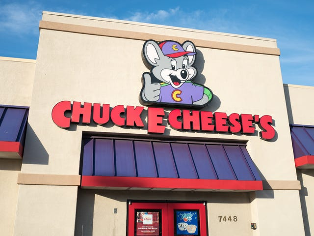 Maybe don't bring your guns to Chuck E. Cheese's