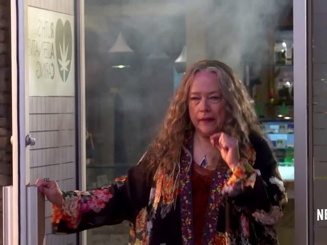 Would Kathy Bates's New Weed Show Disjointed Be Better If I Were High?