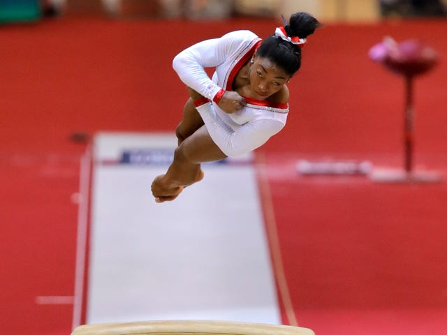 Simone Biles Wins Her First World Title On Vault And Breaks World Championships Gold Medal Record