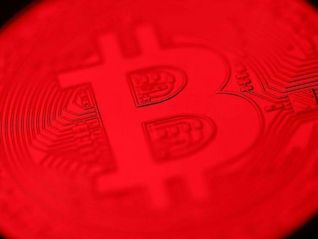 Bitcoin Crashhed i wziął cały rynek w dół z nim <em></em>