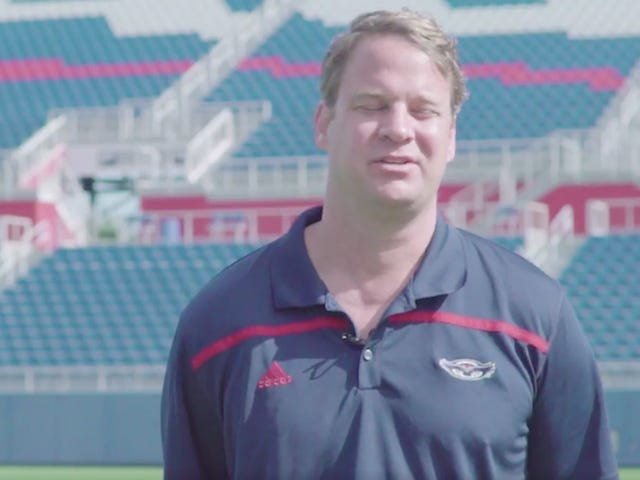 Lane Kiffin Fires Up FAU Fans By Squinting And Mumbling