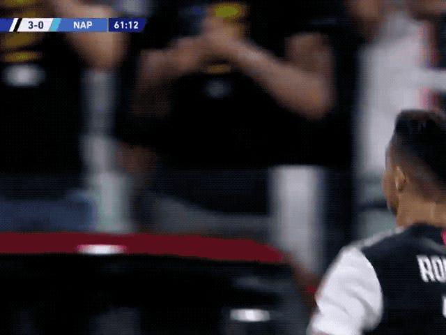 Cristiano Ronaldo prende in giro VAR per essere un killjoy dopo aver segnato