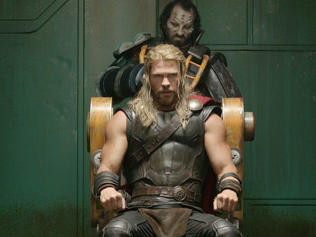 Her nasılsa, <i>Infinity War</i> Hareketindeki Thor'un Görünümü Bir <i>Ragnarok</i> Spoiler Değildir