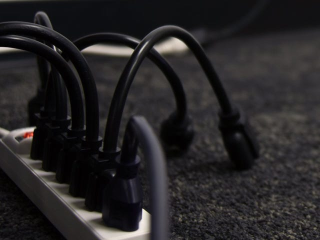 Get Giant Plugs Out of the Way With a 10-Pack of Mini Extension Cords