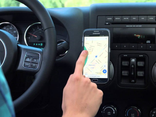 Drivemode Uses Gestures and Your Voice to Control Your Phone While You Drive