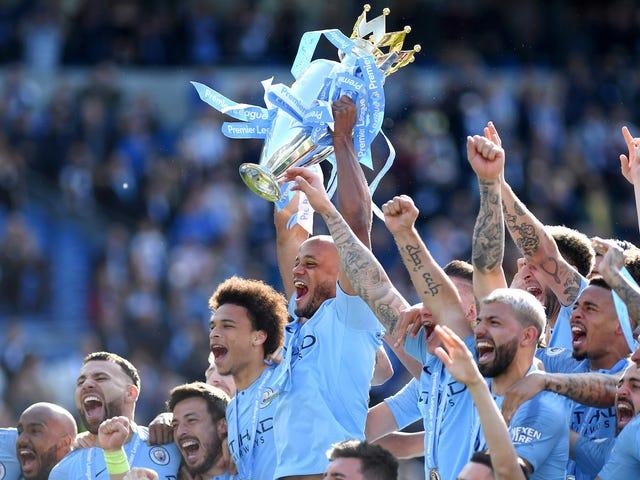 Manchester City ha incoronato i campioni della gara di campionato più solida mai conclusa