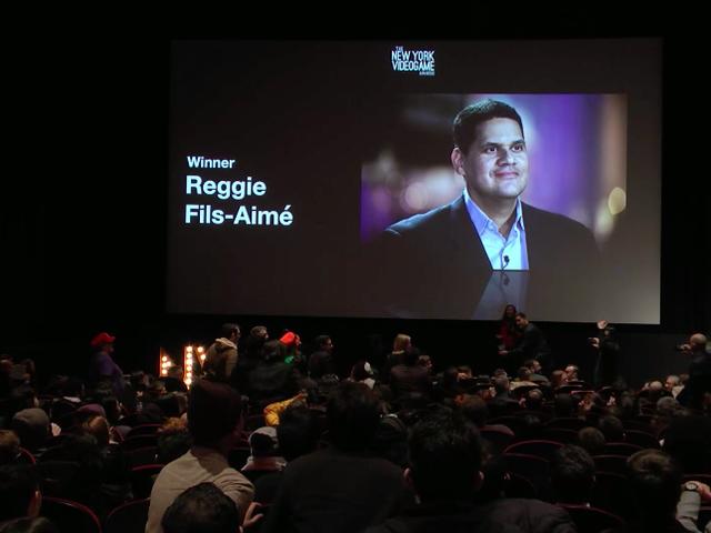 En hyllning till Nintendos Reggie Fils-Aimé startar med en fantastisk strykkvartett
