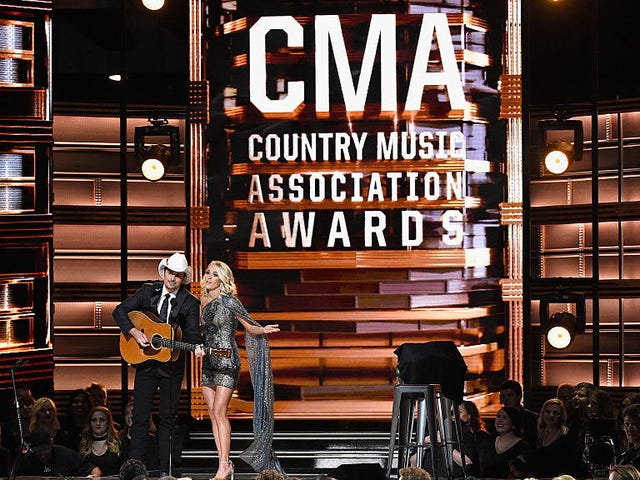 Country Music Awards to Press: 'Don't Ask About Guns' [Updated]