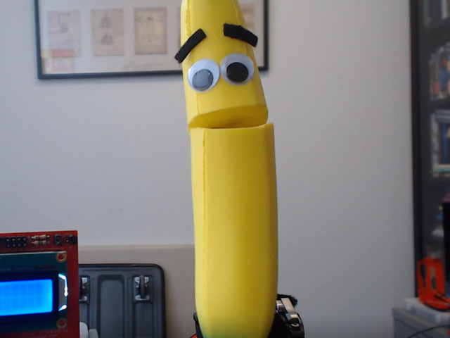 Racist Twitch Trolls Defeated By Talking Banana
