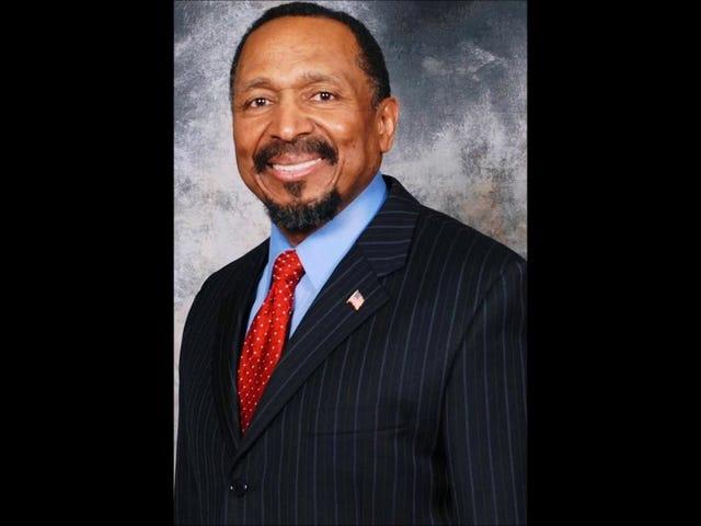 Candidato ao Senado do Partido Republicano Negro acredita que os descendentes de escravos estão em melhor situação na América