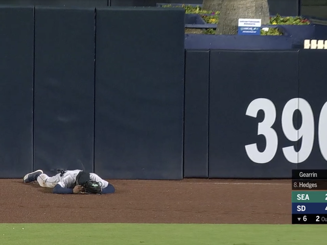 Mallex Smith Just Straight-Up Swatted Austin Hedges's Fly Ball Over The Wall