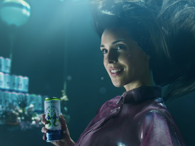 """Anheuser-Busch vahvistaa """"Audition from Hell"""" Essee on noin Super Bowl Ad Spiked Seltzerille"""