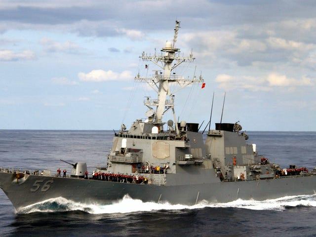 Tentera Laut Menyembunyikan USS John S. McCain Jadi Trump Tidak Akan Lihat Di Jepun: Laporan (Update: Trump Confirms)