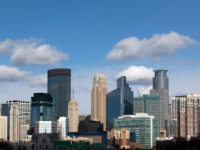 Minneapolis Shocked To Discover Thousands Of Super Bowl Attendees Left Without Seeing Rest Of City<em></em>