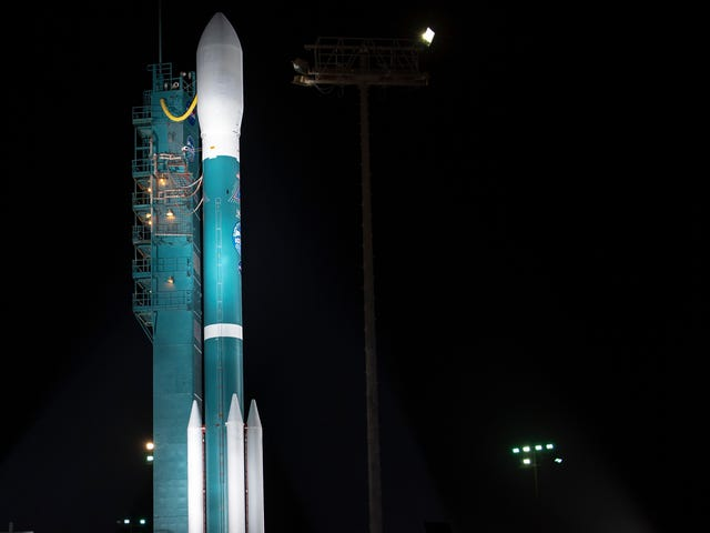 Watch the Last Delta II Rocket Carry ICESat-2 Into Space