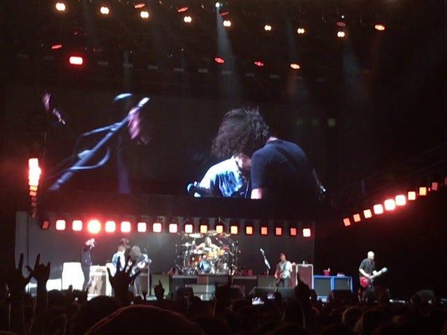 Foo Fighters Rick Roll ihr Publikum.
