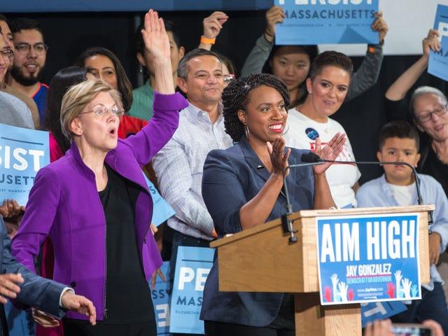 'Jeg kan ikke vente med at kalde hende min præsident': Ayanna Pressley støtter Elizabeth Warren