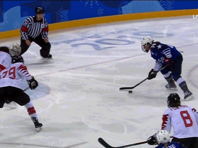 Los gemelos Lamoureux de Estados Unidos derrotan a la dinastía canadiense de hockey