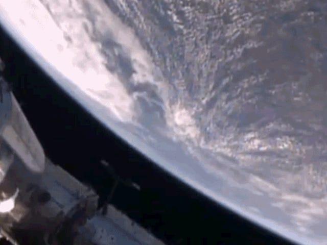 Τροπικός κυκλώνας Debbie κοίταξε μαζική και έξαλλος από τον διαστημικό σταθμό