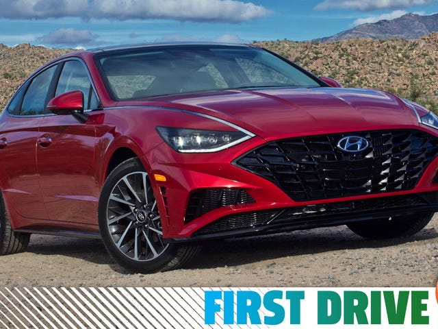 The 2020 Hyundai Sonata Is An Everyday Sedan Without The Everyday Looks
