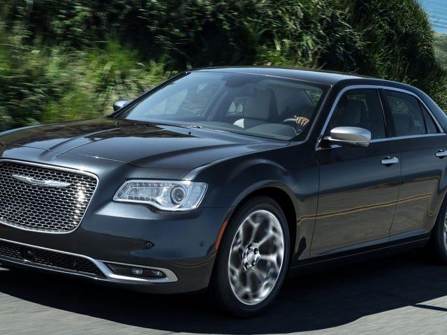 Huomioni on saapunut siihen, että Chrysler 300 on edelleen ensi vuonna