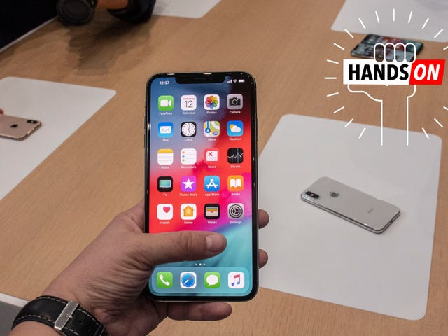 iPhone Xs Max First Impressions: Just How Jumbo Is This Freaking Thing?