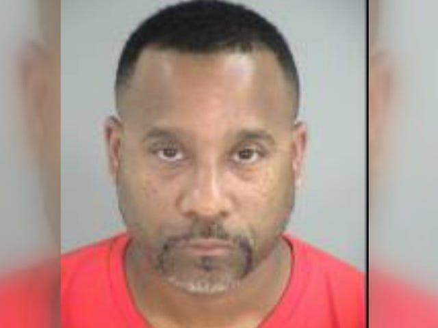 Va. Pria Mengakui Menembak Istrinya, Ditemukan Tidak Bersalah Atas Pembunuhan