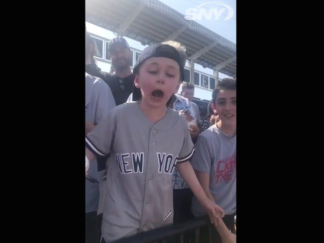 Very Small Yankees Fan Very Loudly Explains Why Manny Machado Doesn't Belong In New York
