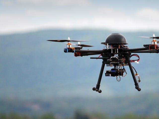 Ekipa z Estados Unidos ahora puede derribar drones a disparos si losu amenaza