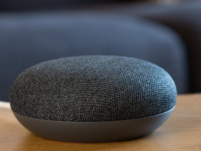 You Can Now 'Stereo Pair' Google Home and Google Home Mini Speakers