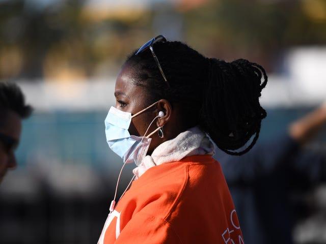 Svarta gemenskaper är i frontlinjen av COVID-19-pandemin.  Här är varför