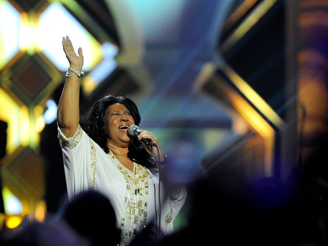 Ain't No Way: Estate Conflict Reveals Aretha Franklin Once Kept $750,000 in Uncashed Checks in Her Purse