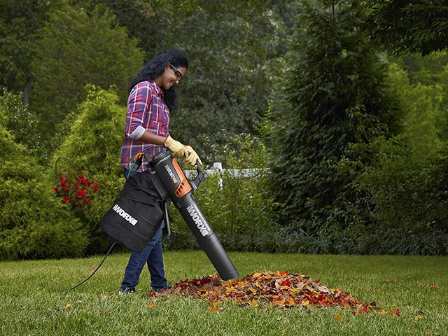 Blow, Mulch, and Vacuum Leaves With This $46 Worx Turbine