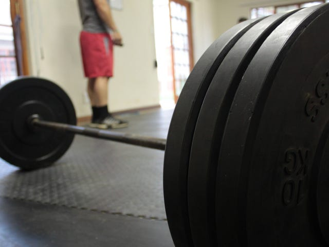 How to Get Plates On and Off a Deadlift Bar